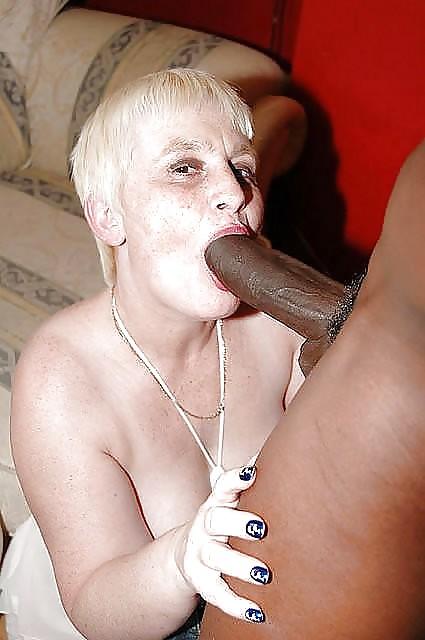 Granny Giving Blow Jobs 115
