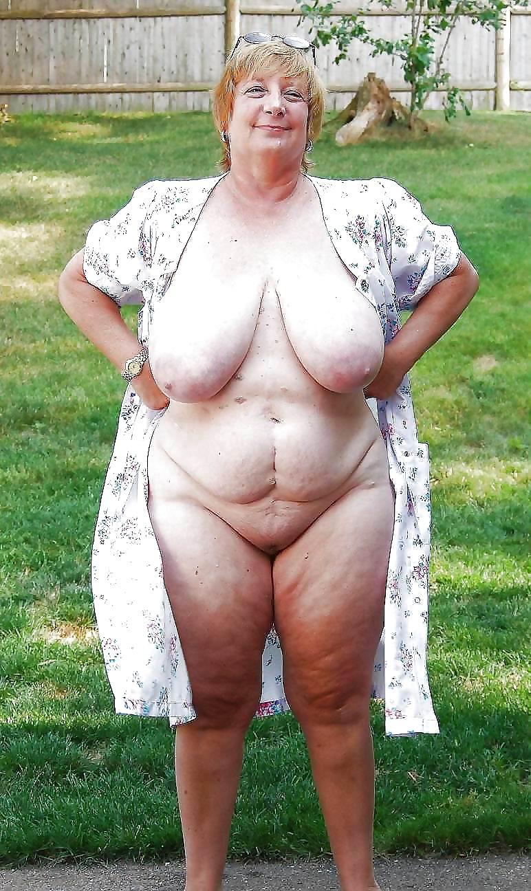 sexy-grandma-nude-big-tits