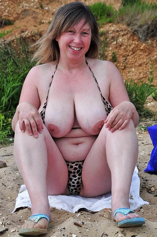 Big Tits Granny Tube