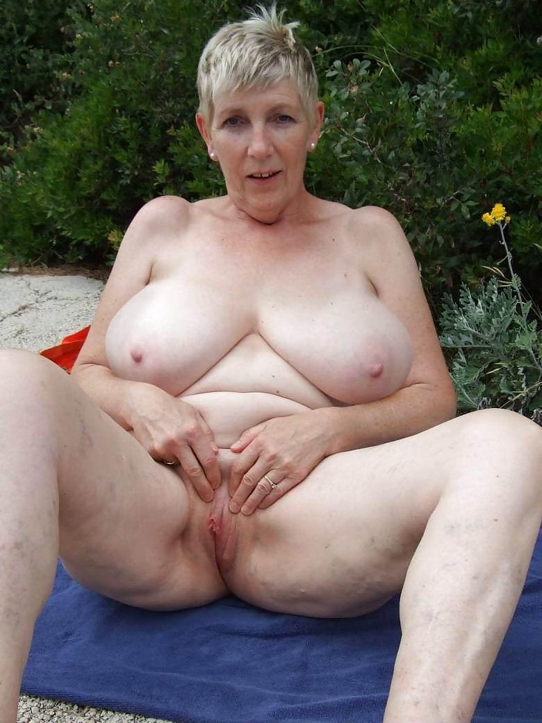 Big Titt Mature