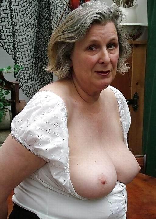 Free big black boobs videos