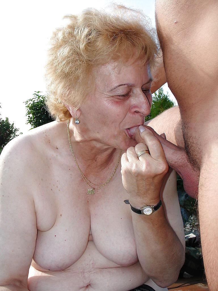 Horny nudist wife jerks off husband at the beach hidden cam 6