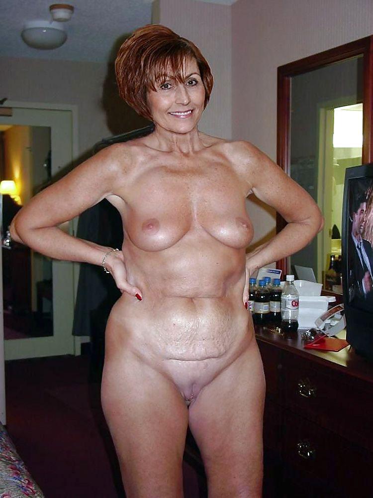 Фото голых пожилых дам