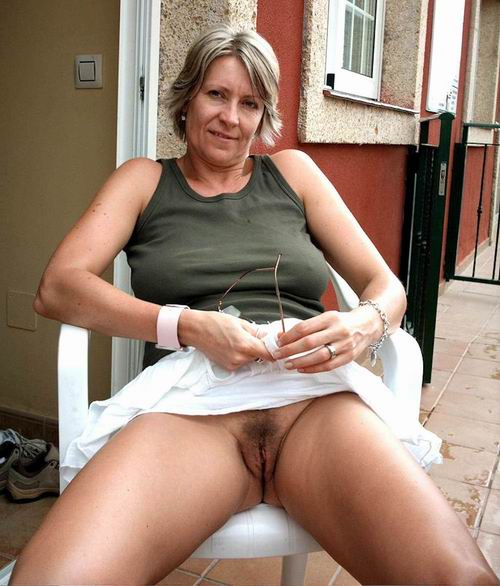 Mature horny woman with mature woman