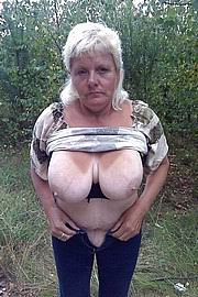 granny-big-boobs007.jpg