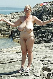 granny-big-boobs009.jpg