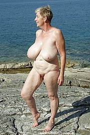granny-big-boobs014.jpg