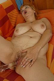 granny-big-boobs021.jpg