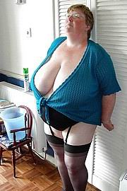 granny-big-boobs072.jpg