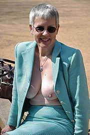 granny-big-boobs124.jpg