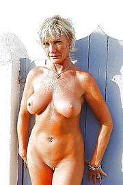 granny-big-boobs129.jpg