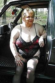 granny-big-boobs175.jpg