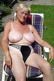 granny-big-boobs218.jpg