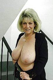 granny-big-boobs236.jpg