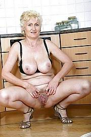 granny-big-boobs239.jpg