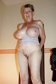 granny-big-boobs281.jpg