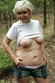 granny-big-boobs285.jpg