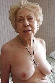 granny-big-boobs305.jpg