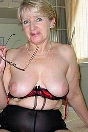 granny-big-boobs329.jpg