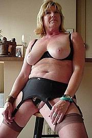 granny-big-boobs332.jpg