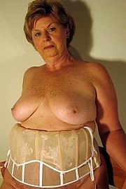 granny-big-boobs343.jpg