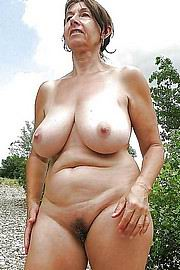 granny-big-boobs377.jpg
