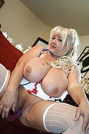 granny-big-boobs416.jpg
