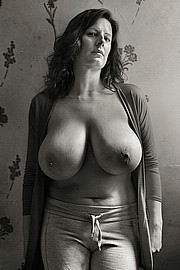 granny-big-boobs422.jpg