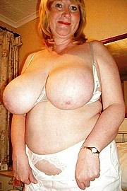 granny-big-boobs429.jpg