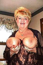 granny-big-boobs450.jpg