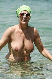 granny-big-boobs465.jpg