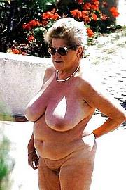 granny-big-boobs500.jpg