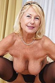 Gratis Oma Pornos